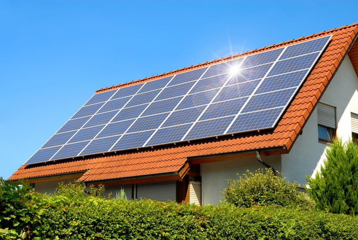 What are the pros and cons of solar energy? Here's everything you need to  know
