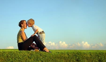 Modern Parenting May Hinder Brain >> Modern Parenting May Hinder Child Development