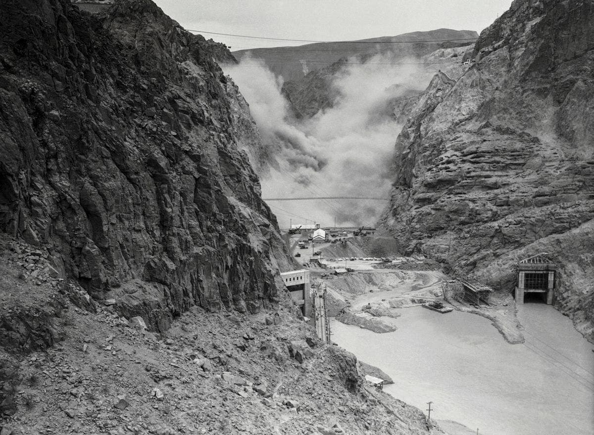 Building Hoover Dam, in pictures (1931-1936)